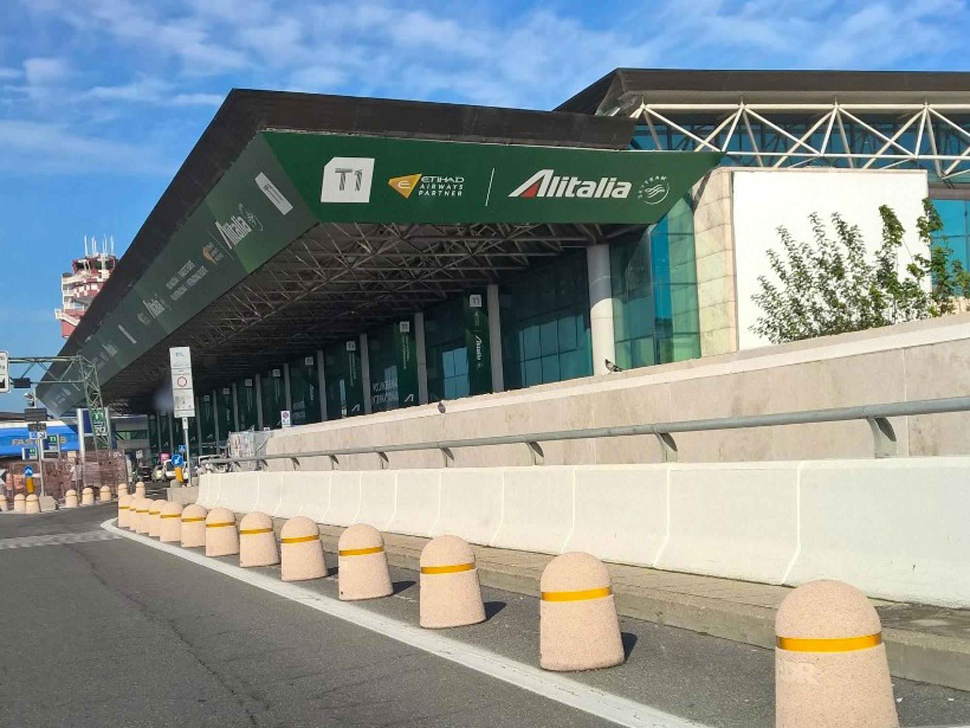 AIRPORT-(2)
